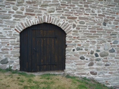 kalmar13 - One of the remaining musket tower bank doors